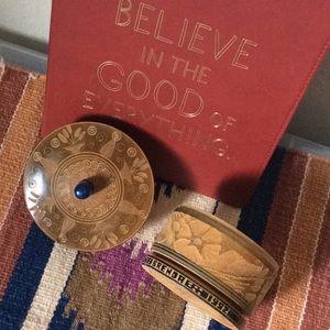 🎊FREE🎊 ADD to Bundle BRENDA Wood Carved Box